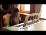 Наталья Поклонская сыграла на рояле в музее Ливадийского дворца в Ялте,News,,Прокурор Крыма Наталья Поклонская подарила Ливадийскому дворцу в Ялте 80 фотографий семьи последнего российского императора Николая II. Прокурор также сыграла на рояле в музее дворца. Видео принадлежит информационному аге