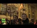 В Венгрии продолжаются протесты против налога на интернет,News,,Десятки тысяч манифестантов вышли на улицы Будапешта в знак протеста против намерения правительства ввести налог на интернет-трафик. За каждый гигабайт информации законодатели предлагают взимать 0,5 евро. Голосование по этому вопросу ве
