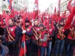 Наташа Зотова в Твиттере «Получила 300 рублей за участие в митинге Антимайдана и засняла это на виде,People,,https://twitter.com/natashazotova/status/569110306825375744