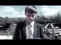 13-летний Рома Пастухов задал задачку Путину,Entertainment,Вопрос Путину,Двухэтажный дом - семья ведь большая, родители Ромы начали строить четыре года назад. А два года спустя, когда была накрыта крыша и готовы несколько комнат, они переехали в новое жилье. В доме уже почти все сделано, нет только