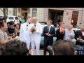 Гей-свадьбы в Петербурге,News & Politics,Петербург,ЛГБТ,геи,лесбиянки,акция,ЗАКС,свадьба,Николай Алексеев,прайд,гей-парад,гомофобия,лимузин,дворец бракосочетания,однополые браки,брак,гомосексуалы,В петербургском дворце бракосочетания пять однополых пар пытаются подать заявления на регистрацию брака.