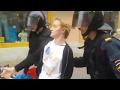 Полиция задерживает инвалида без руки с Российским флагом!,News & Politics,,Полиция задерживает инвалида без руки с Российским флагом! Санкт-Петербург 9.09.2018