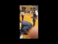 НАПАДЕНИЕ НА АРНОЛЬДА ШВАРЦЕНЕГГЕРА,Autos & Vehicles,арнольд шварценеггер,арнольд,нападение,нападение на арнольда,нападение на арнольда шварцнеггера,Инцидент произошёл на соревнованиях по бодибилдингу «Арнольд Классик» в Африке. В момент, когда Арни общался с поклонниками и раздавал автографы, залих